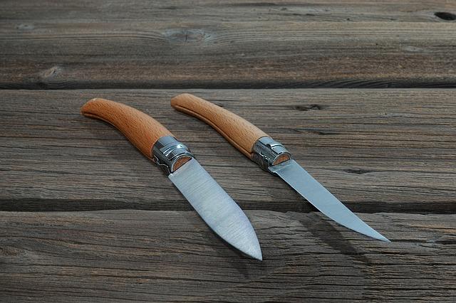 Couteau de poche solide