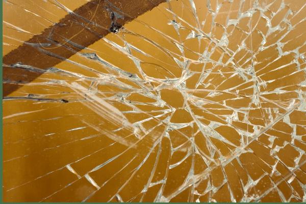 Comment percer un trou dans le verre sans le casser