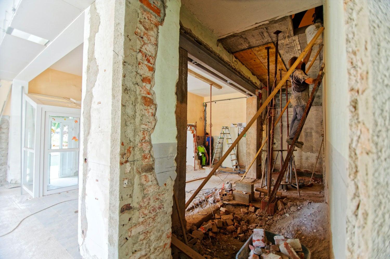 Comment-estimer-les-coûts-de-rénovation-d'un-projet-commercial
