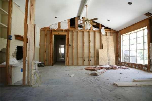 Comment estimer les coûts de rénovation d'un projet commercial ?